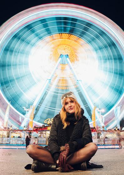 Bild von Single auf der Wiesn von Tinder Fotografie München